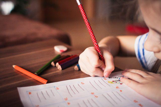 Zabawki rozwijające kreatywność dzieci